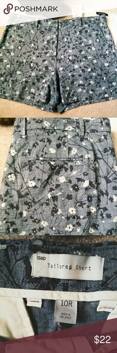 """*GAP Chambray Floral Tailored Shorts* *Great Condition!! Classy Chic and Comfortable. Length: 14.5"""". Width: 18"""". 100% Cotton. Ask any questions. Happy Poshing!!* GAP Shorts"""