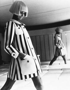 bfa105c510a5 61 Best vintage fashion photography images