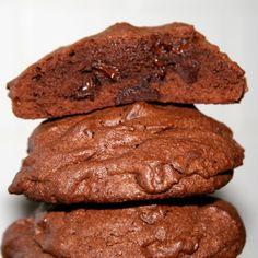 Chocolate Brownie Cookies by clearpink on Etsy Double Chocolate Brownies, Chocolate Brownie Cookies, Cocoa Cookies, Chocolate Cookie Recipes, Fudge Brownies, Cake Cookies, Cupcakes, Shakeo Mug Cake, Doubletree Cookie Recipe