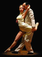 """Tango Festival, pura sensualità  La danza """" infiamma"""" Firenze.  Dal 25 aprile al 1 maggio 2012 spazio alla kermesse itinerante."""