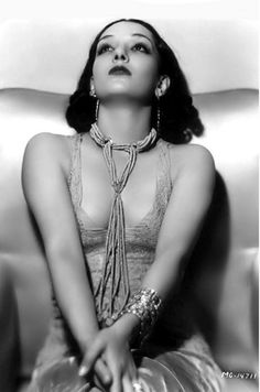 Lupe Velez, 1930