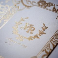 Champagne gold foil is always super chic, especially when you're doing elegant crests and wreaths #logo #gold #weddingdetails #weddingstyle #weddinginspiration #graphicdesign #design #typography #goldwedding #weddinginvitations #custominvitations