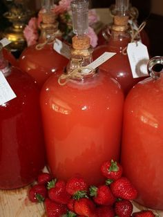 Yum Alert: Homemade Strawberry Wine | The Luxury Spot