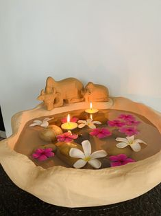 Buy Maadu Uruli online India at Greymode. Unique decorative stone urulil featuring a cow & its calf. Perfect home decor to decorate pooja room, doorway or an entrance.