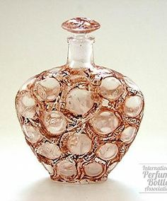 Salamandres (Salamanders) Glass Perfume Bottle With Brown Patina By Rene Lalique - France c.1914, 9.5 cm tall. #antique #vintage #perfume #scent #bottle