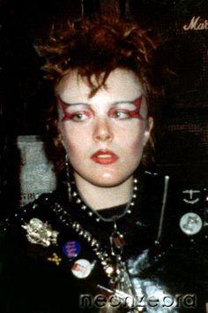 70s Punk, Punk Goth, 80s Goth, Deathrock Fashion, Punk Fashion, Moda Punk, Rock Makeup, Punk Princess, Princess Disney