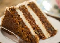 Moist Carrot Cake Recipe is absolutely THE BEST carrot cake recipe there is. If you're looking for a moist carrot cake, this is the one to make! This is one of the all-time best cake recipes! Food Cakes, Cupcake Cakes, Cupcakes, Homemade Carrot Cake, Moist Carrot Cakes, Gluten Free Sweets, Gluten Free Baking, Quinoa Cake, Cake Recipes