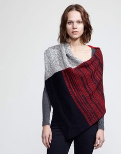 Knit poncho front