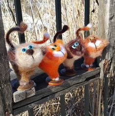 Project by Irina Rogacheva. Crochet pattern by Pertseva Cat Heart ValentinCat 14 February Ravelry #LittleOwlsHut, #Amigurumi, #CrohetPattern, #Crochet, #Crocheted, #Cat, #Pertseva, #DIY, #Craft, #Pattern, #Valentine's, #14February