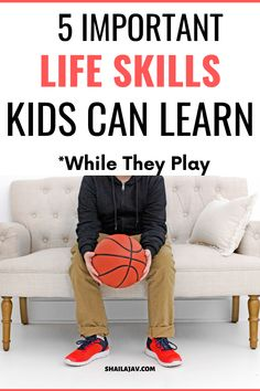 The best way to teach life hacks to your kids is to do it through play. Get peaceful parenting tips for a positive parenting experience. Mindful Parenting, Peaceful Parenting, Parenting Books, Gentle Parenting, Parenting Tips, Kids And Parenting, Life Skills Kids, Teaching Life Skills, Child Teaching
