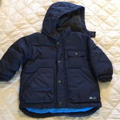 Check this item I am selling on Totspot, the resale shopping app for families.   Gap puffer jacket Gap Kids  Love this! #kidsfashion #familyfashion
