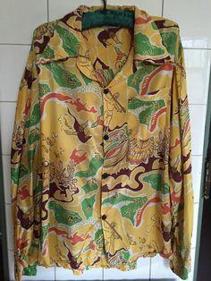vintage hawaiian shirt in Clothing for Men Vintage Jeans, 50s Vintage, Boy Fashion, Mens Fashion, Vintage Hawaiian Shirts, Tailored Shirts, Aloha Shirt, Hawaiian Print, Hawaii Shirts