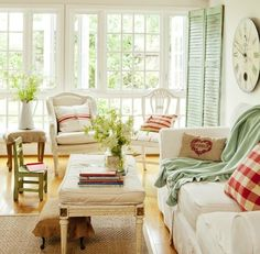French Garden House: a combination of colors, elegant and casual style make this a room for family, friends, children and dogs.