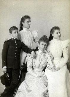 Queen Maria Cristina of Spain and children