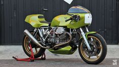 Round Head Racer - Moto Guzzi LeMans MkII by Madrid's Classic Co. Garage.  Full article at returnofthecaferacers.com