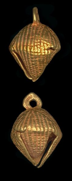 Africa | Hollow lost wax casting in gold of a bead in the form of a silk cotton husk (akonkodee). | Asante people. Royal Palace, Kumase, Ghana | 19th century (prior to 1874) || {3.77}