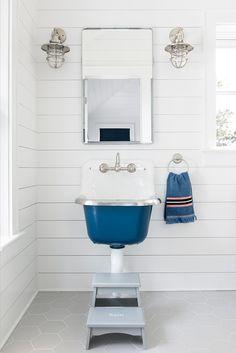 Bay bathroom with sink painted in benjamin moore rodeo undertones interior design ideas new coastal farmhouse Large Bathrooms, Amazing Bathrooms, Small Bathroom, White Bathroom, Costal Bathroom, Modern Bathroom, New Bathroom Designs, Bathroom Ideas, Design Bathroom