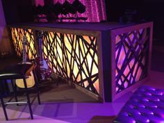 Steven HallfromNorthland Churchin Longwood, Florida brings us these light boxes that would work great for smaller, portable churches andlarger churches too! They made these light boxes for Easter. They started each of their set pieces with a 2