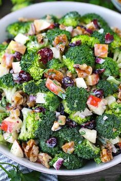 Creamy Broccoli Cheddar Bacon Salad , By Janira Evelyne . A delicious broccoli salad full of bacon, cheddar, and almonds. Healthy Salad Recipes, Paleo Recipes, Healthy Snacks, Healthy Eating, Cooking Recipes, Grill Recipes, Dinner Salad Recipes, Meal Salads, Christmas Salad Recipes