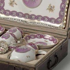Tea service for two people (tête-à-tête), Kaiserliche Porzellanmanufaktur, 1775 - 1778 - Rijksmuseum