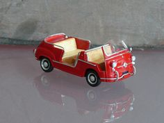 Fiat 600 Jolly beach car model: Provence Moulage resin kit 1:43  (by H.-P. Wilhelmus)