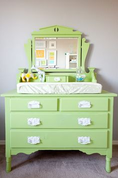 Diaper changing table/dresser - Great idea