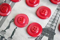 9 large square red Vintage Button  3 cm 1.2 - www.etsy.com/shop/CocoFlowerWorkshop