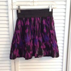 Print Skater Skirt Size: XS Forever 21 Skirts Circle & Skater