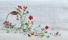 Hand Embroidery Designs, Embroidery Stitches, Stitch Book, Embroidery Dress, Fabric Art, Flower Art, Elsa, Sewing, Flowers