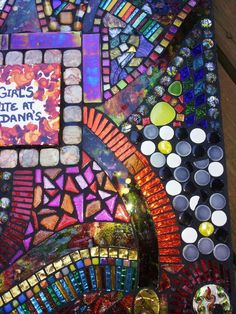 Closeup of a custom table by Tina @ Wise Crackin' Mosaics
