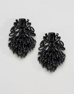 Get this Asos's earring now! Click for more details. Worldwide shipping. ASOS Jet Bead Tassel Earrings - Black: Earrings by ASOS Collection, Black tone, Bead and tassel droppers, Bullet clutch back, 30% Zinc, 20% Acrylic, 20% Brass, 20% Glass, 10% Steel. Score a wardrobe win no matter the dress code with our ASOS Collection own-label collection. From polished prom to the after party, our London-based design team scour the globe to nail your new-season fashion goals with need-right-now…
