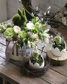 Wonderful Easter Decoration Ideas For Your Inspiration; Easter Table Decoration Ideas With Egg And Bunny; Easter Flower Arrangements, Easter Flowers, Spring Flowers, Floral Arrangements, Easter Centerpiece, Easter Colors, Diy Flowers, Green Flowers, Deco Floral