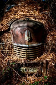 A mash of miscellany with the occasional NSFW/Adult image tossed in. Abandoned Buildings, Abandoned Houses, Abandoned Places, Abandoned Vehicles, Rust Never Sleeps, Pompe A Essence, Rust In Peace, Old Pickup Trucks, Rusty Cars