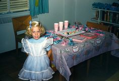 In search of kitchen decor tips? It's Your Birthday, Girl Birthday, Happy Birthday, Vintage Birthday Parties, Baby Boomer, Birthday Images, Birthday Greetings, Vintage Children, Classic Looks
