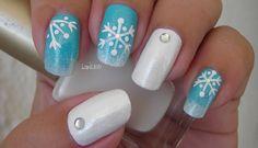 Christmas Nail Art - Frosted Snowflakes - Decoracion de uñas Copos de Nieve