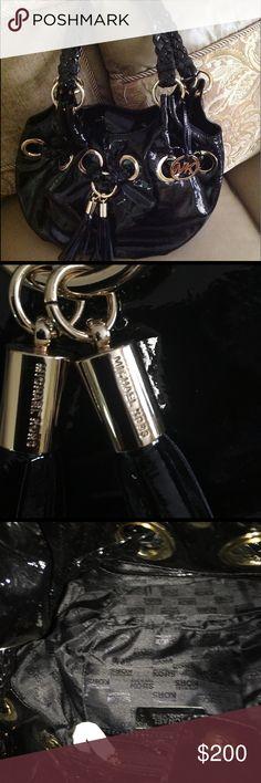 Michael Kors Patent Leather handbag Black Michael Kors Patent Leather handbag, NWT, with a 9 in strap drop. Bags Shoulder Bags