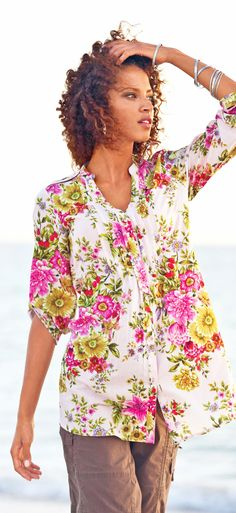 watercolor print - la redoute plus size top - READ at http://boomerinas.com/2011/12/mode-trends-fashion-clothes-for-women-over-40-50/