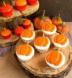 Perfect Lil Punkin cupcakes for Dee's Fall baby shower!!! Cute Pumpkin Royal Icing Transfers thebearfootbaker.com
