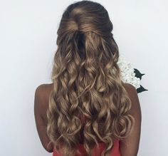Half up curly hair by Ashley Marie Bloomfield
