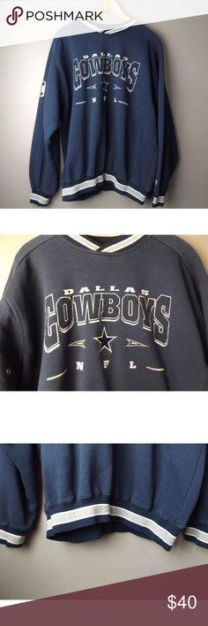 85bcbb959cc  VINTAGE Lee Sport  Dallas Cowboys Crewneck Super comfy Dallas Cowboys  Crewneck sweatshirt. Navy
