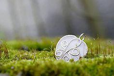 Motýlik Silver Pendants, Handmade Jewelry, Handmade Jewellery, Jewellery Making, Diy Jewelry, Craft Jewelry, Handcrafted Jewelry