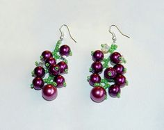 Free pattern for earrings Currant  Click on link to get pattern - http://beadsmagic.com/?p=5172