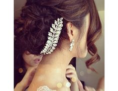 Indian #Bridal Updo's with Timeless Appeal - Side bun #hairstyle