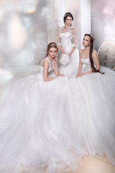 by Yaroslavna Nozdrina Dream Dress, Wedding Dresses, Fashion, Bride Dresses, Moda, Bridal Wedding Dresses, Fashion Styles, Weeding Dresses, Weding Dresses