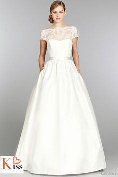 Tara Kelly – Stunning Bridal Collection