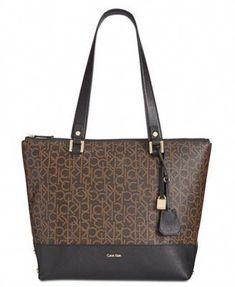 burberry handbags and shoes  Pradahandbags Handbags Uk 4e9ba7e64ce0c