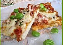 Pizza na celý plech Bread Rolls, Prosciutto, Pizza, Quiche, Vegetables, Breakfast, Ethnic Recipes, Food, Breads