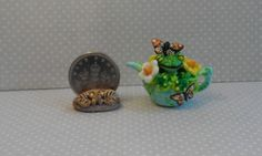 OOAK frog and butterflies teapot Cottage Kitty