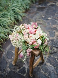 Dunaway Garden Summer Wedding Florals by Tailor and Table and photography by Simply Sarah Photography | http://simplysarah.me