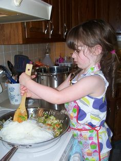 Crafty Moms Share: Hazel Cooks Pancit --Inspired by Readathon 2012 #readforgood